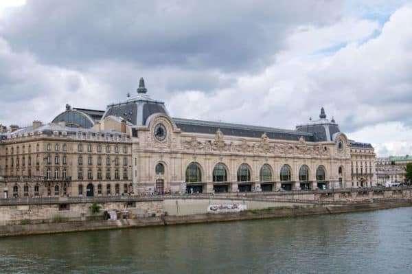 Museo d'Orsay a Parigi è dedicato all'impressionismo.