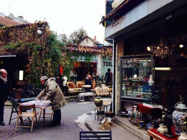 Il mercatino delle pulci di Saint-Ouen a Parigi