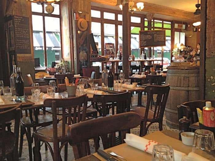 Il ristorante Au Petit Panisse nel quartiere Santa Margherita